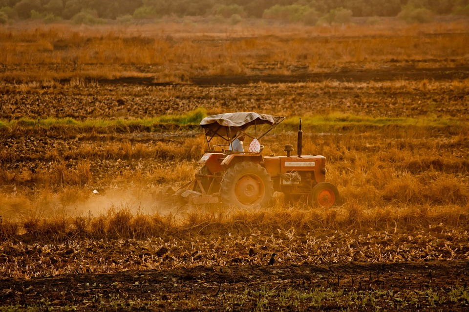 tractor-167079_960_720