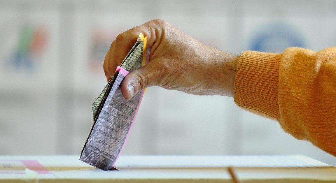 Domenica al voto come esprimere la propria preferenza for Elenco senatori italiani