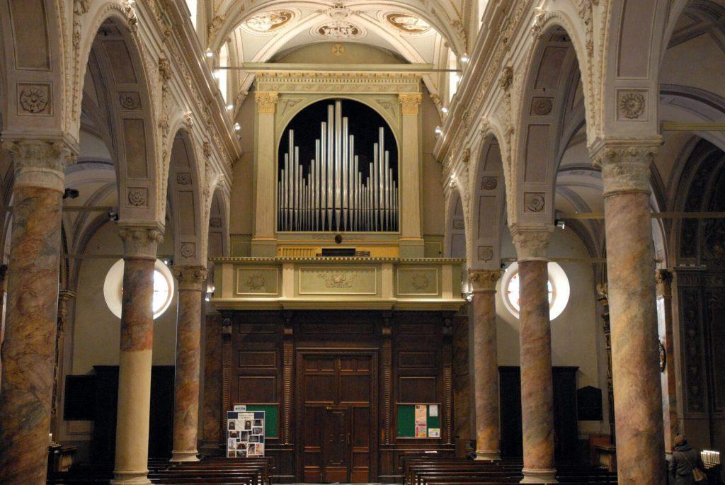 Organo della collegiata di San Martino a Tirano